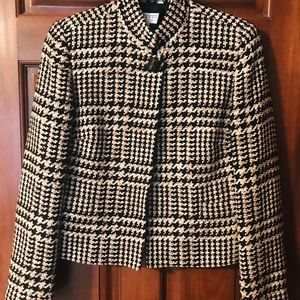 Talbots long sleeved suit jacket